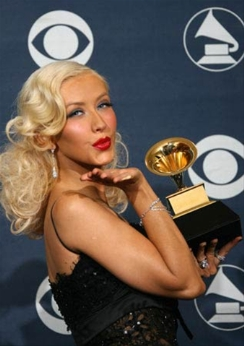 Christina Aguilera gana grammy